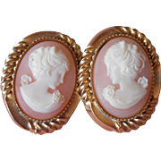 Vintage Earrings Cameo Realistic Plastic Soft Shell Color Pretty Ladies