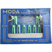 1930s Clothespins Set In Original Box Vintage Clothesline