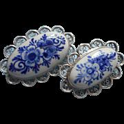Vintage Delft China Pair Filigree Pin Pins Holland Delfts