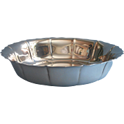 Lunt Bowl Silver Plated Simple Chippendale Style Rim Vintage