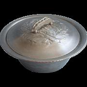 Vintage Aluminum Figural Pea Pod Handle Vebetable Dish Lid Everlast