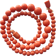 1930s Faux Coral Beads Necklace Vintage Plastic