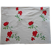 Vintage Tablecloth Wilendur Red Roses 68 x 52 Kitchen