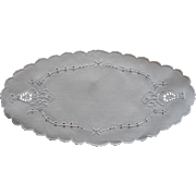 Bread Tray Doily Vintage 1920s Linen Cutwork Hand Embroidery Oval