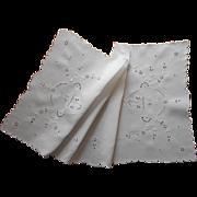 1920s Cutwork Linen Runner Hand Embroidery Flower Baskets TLC