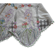 Southern Belle 1920s Vintage Hand Embroidery Tea Luncheon Tablecloth