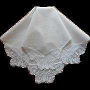 Antique 1910s Filet Lace Butterflies Linen Tea Tablecloth Topper
