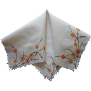 ca 1930 Hand Embroidered Linen Tea Tablelcoth Topper TLC