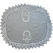 Late 1920s Linen Centerpiece Vintage Hand Embroidery Cutwork Heavy Crocheted Lace