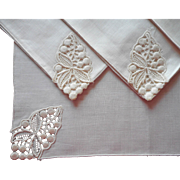 Vintage Napkins Linen Lace Unused Set 4 Luncheon Size