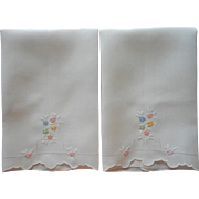Vintage Guest Towels Pair White Linen Pastel Flowers Hand Embroidery