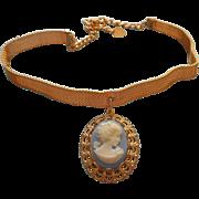 Vintage 1970s Choker Necklace Mesh Blue Plastic Cameo