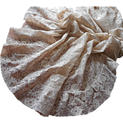 Vintage Chantilly Lace Tablecloth Oval 122 x 69 Light Ecru Color