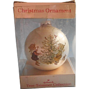 1976 Betsey Clark Vintage Christmas Tree Ornament Hallmark Holly Hobbie In Box