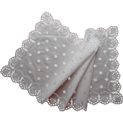 Vintage Runner Eyelet Embroidery White Cotton