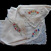 Vintage 1930s Hankies Hankie Set Hand Embroidery Lace Unused