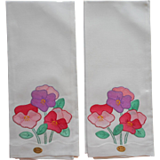 Vintage Guest Towels Pair Unused Appliqued Hand Embroidered Pansies