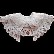 Child's Lace Linen Collar 1980s Tape Lace Peking Handicrafts