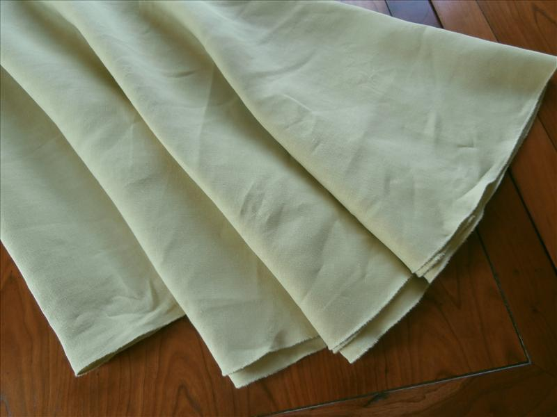 Oval Linen Tablecloth Vintage Pea Soup Green 81 x 58.5