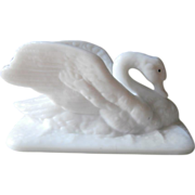 Atterbury Swan Figural Milk Glass Antique Lid