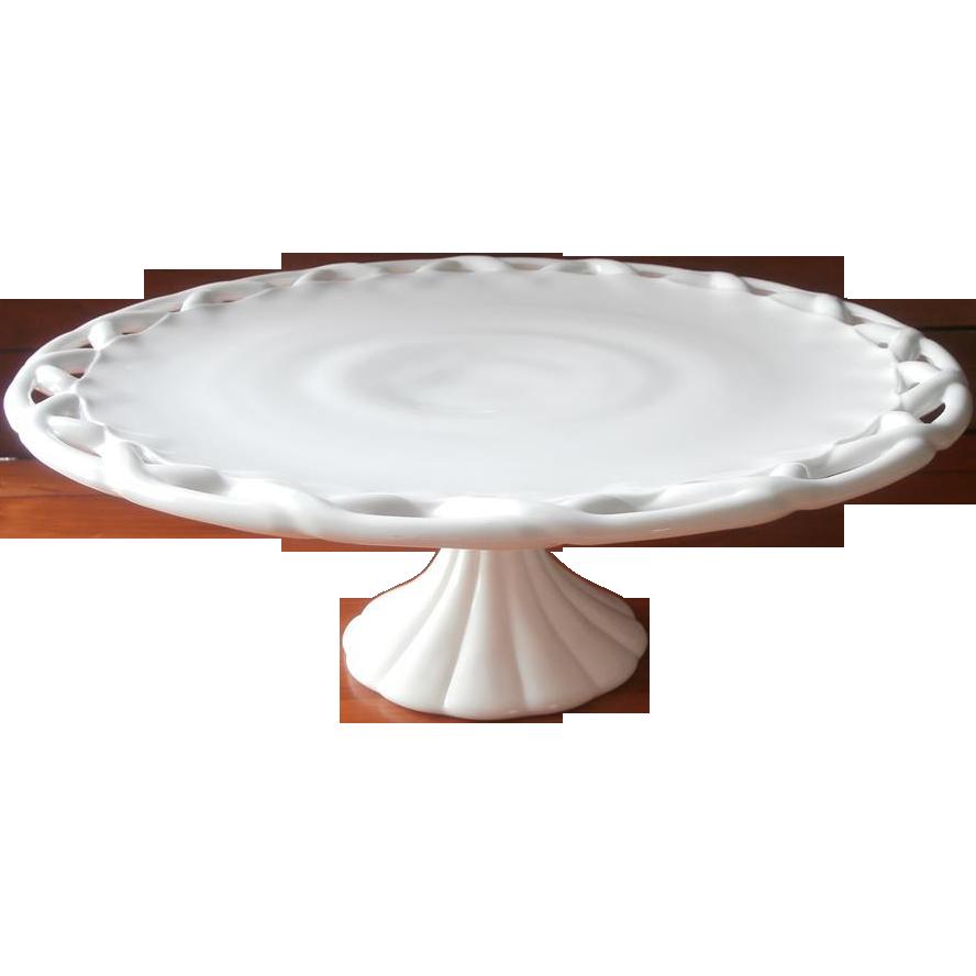 Visible Rim Around White Cake