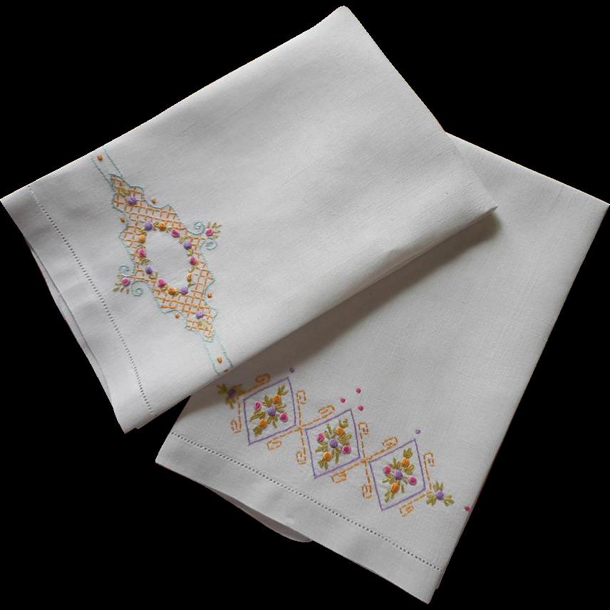 Vintage Towels: 1920s Towels Bright Hand Embroidery Vintage Linen Unused
