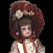 Vintage French Style Bonnet in Rust Velvet