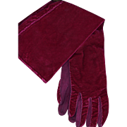 Vintage Magenta Velvet Gloves
