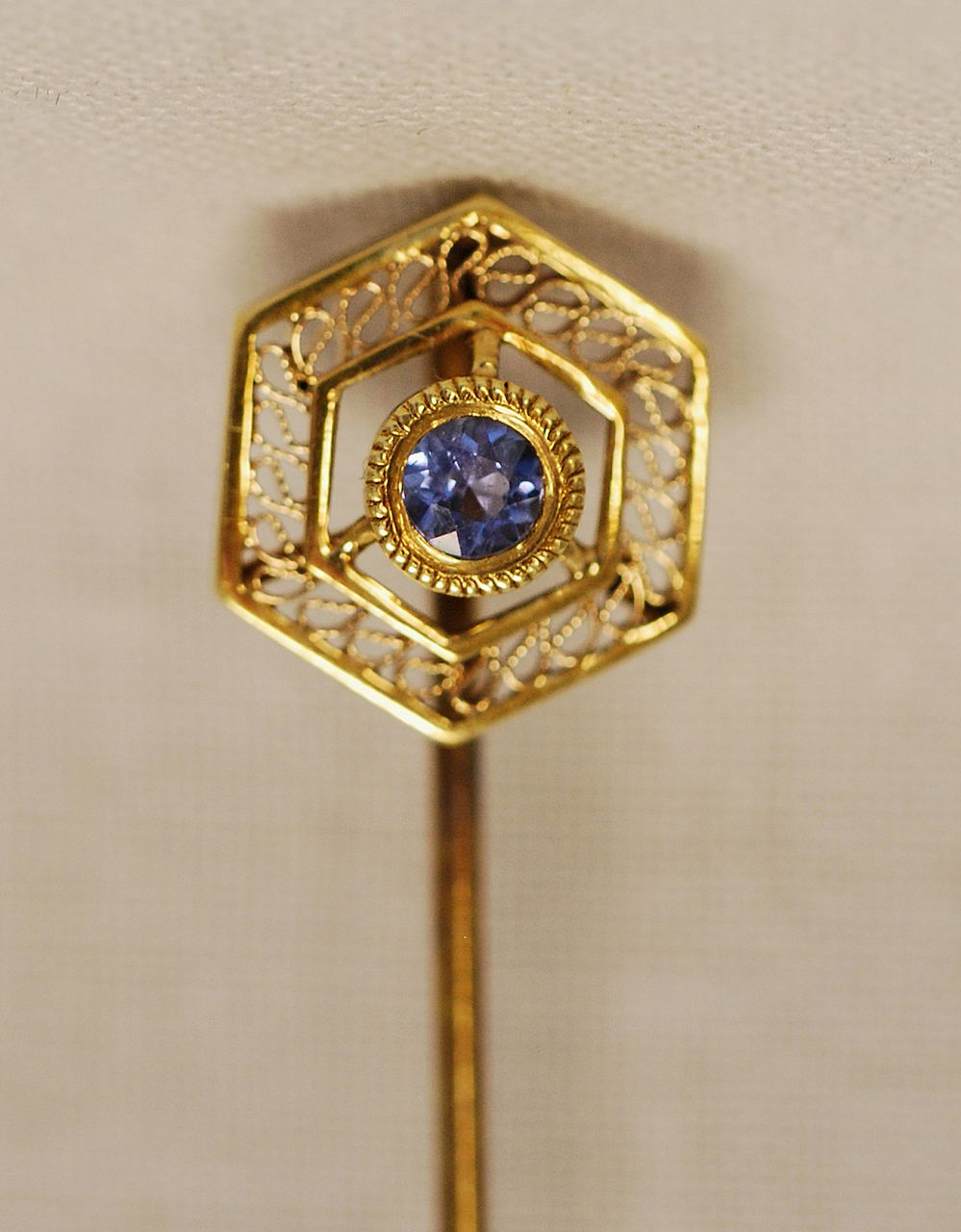 Antique 14K Blue Sapphire Lady's Stick Pin