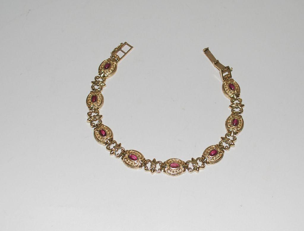 14k gold linked ladies bracelet with ruby stones vintage