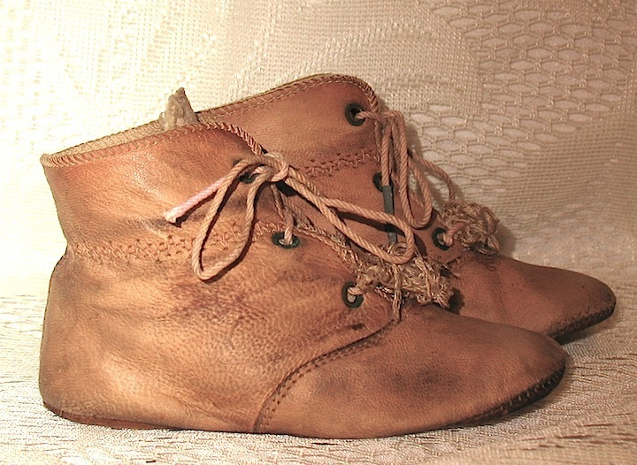 "German Brown Leather Shoes--4 1/2"" x 1 3/4"""