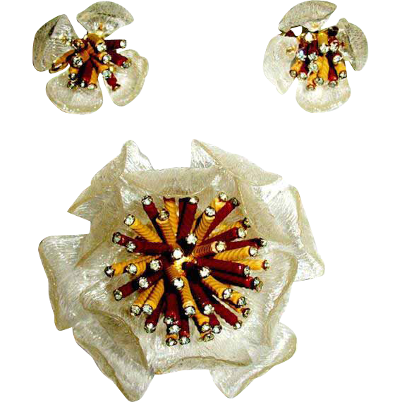Stunning Atomic Age Large Acrylic Brooch and Earrings—Pristine