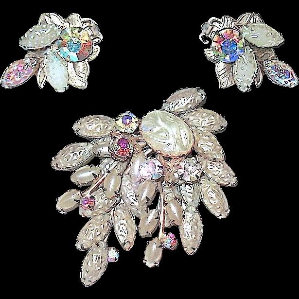 """Vintage """"Celebrity"""" Faux Lava Pearl & AB Brooch & Earrings"""