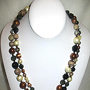 "Glamorous ""CELEBRITY"" Designed Glass Beaded Necklace + Matched Hobe' Earrings"