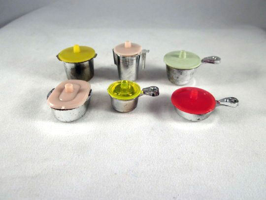 Hard Plastic 6 Piece Covered 'Eppy Ware' Kitchen Pots & Pans Dollhouse Accessories