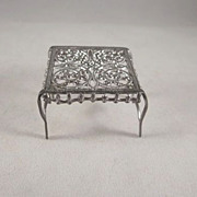 "Adrian Cooke 'Fairy' Table 1/2"" Soft Metal Dollhouse Furniture"