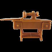 "Renwal 3/4"" No. 89 Tan Sewing Machine Dollhouse Furniture HTF"