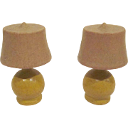 "Strombecker 3/4"" Pair of Yellow Table Lamps Dollhouse Accessory"