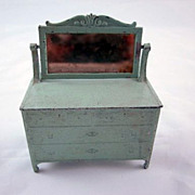 "Tootsie Toy 1/2"" Dresser with Mirror Dollhouse furniture"
