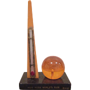 New York 1939 World's Fair Bakelite Trylon and Perisphere Thermometer