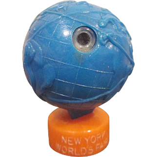 Hard Plastic 1964 New York World's Fair Unisphere Viewer