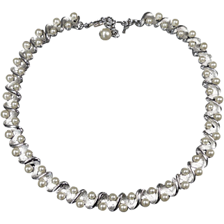 Vintage Crown Trifari Necklace Signed Silver Toned Choker with Pearls Original Hang Tag