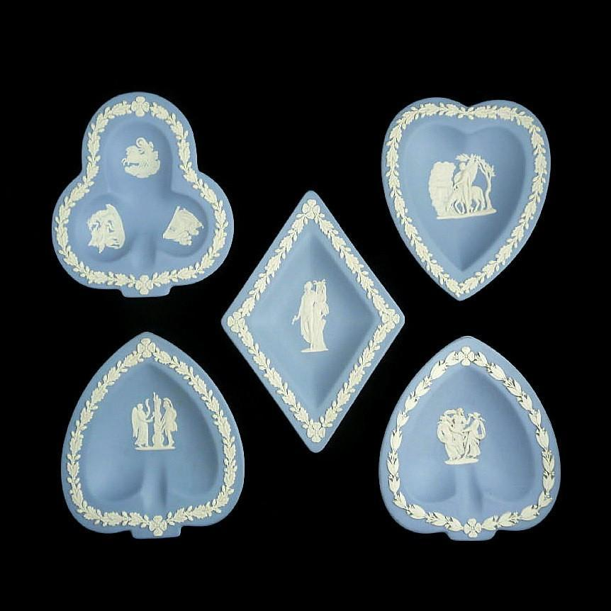 Vintage Wedgwood 5 Piece Ashtray or Wall Hanging Set Card Suit Set
