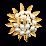 Vintage Crown Trifari Flower Pin With Baroque Pearls
