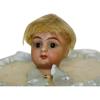 Mignonette French Glass Eye Doll Head