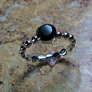 Black Spinel Sterling Silver Prong Set Ring - Size 7