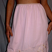 Vintage 1950 Beau Sure Pink half slip NEW NWT Large