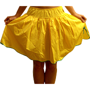 Vintage 1960 Youth Form yellow  Taffeta Half Slip Size Small NEW NWT NOS