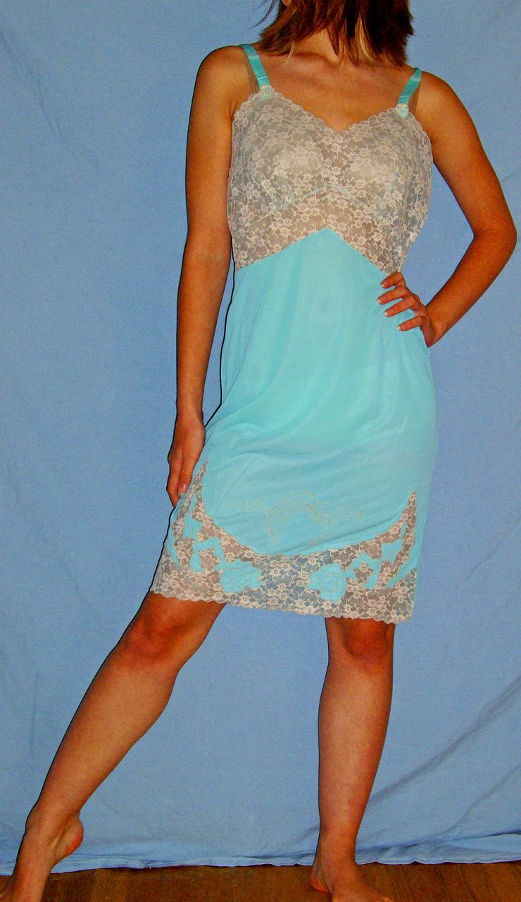 Vintage 1960 Movie Star Full Slip Blue With Ecru Lace New -7370