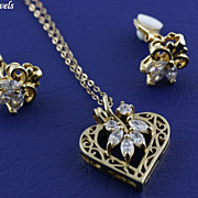 Vintage Heart Shaped Clear Shimmering Rhinestone Pendant Necklace and Earring Set ~ Demi Parure